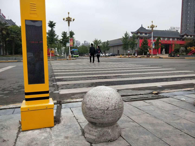 发光斑马线 让斑马线更安全 中国财经新闻网 www.prcfe.com